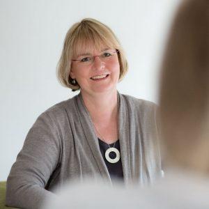 Astrid Gövert, Stimmanalyse, trust your inner sound